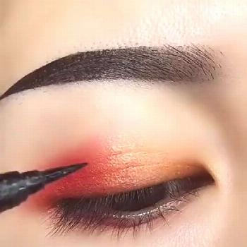 Beautiful liner stroke Tag your friends . By: lindah2000203 Follo