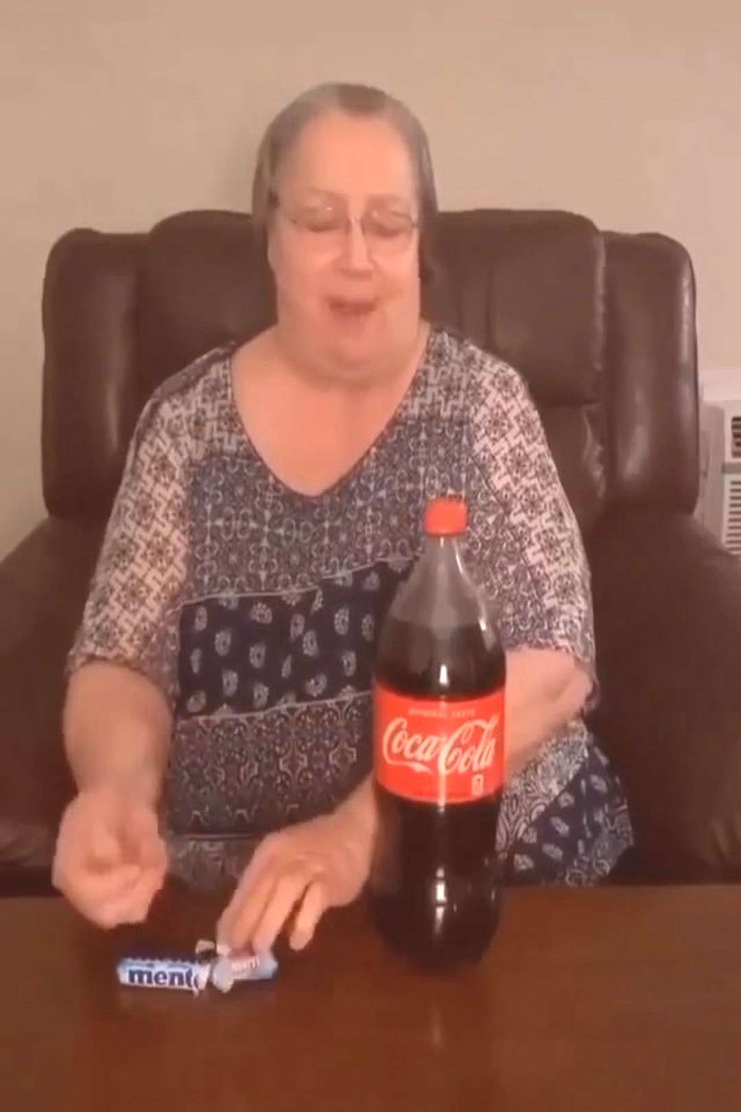 LMFAO GRanny got soakedDM this to 3 friends . ️LIKE IF YOU LOVE