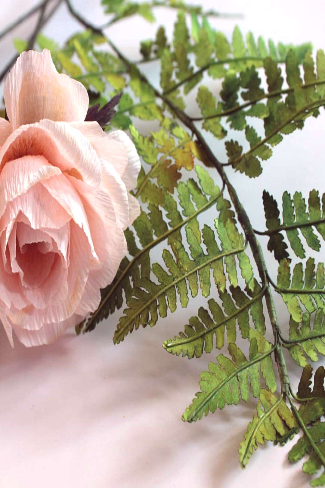 paper fern and roses. Playing with foliage #papernotpicked #crepe