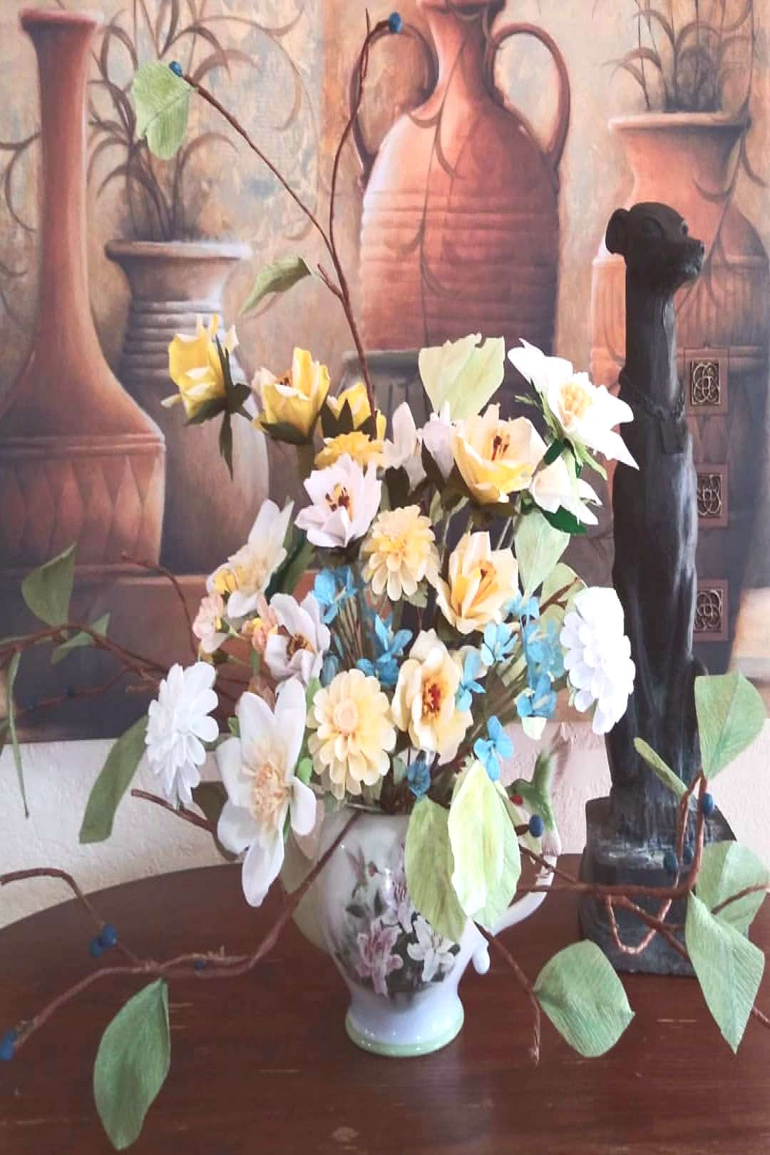 Photo Bomb! Finished the Yellow and Blue Arrangement from #paperf
